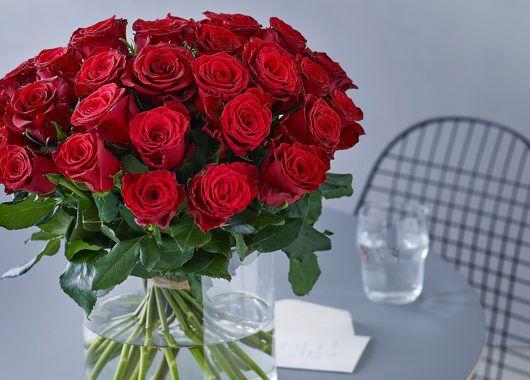 røde roser betyr kjærlighet