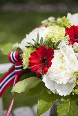 bukett fra vårt store utvalg av blomster til 3for2