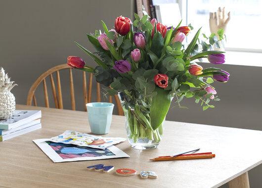 tulipanbukett i gave