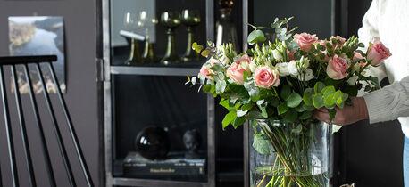 Roser i vasen