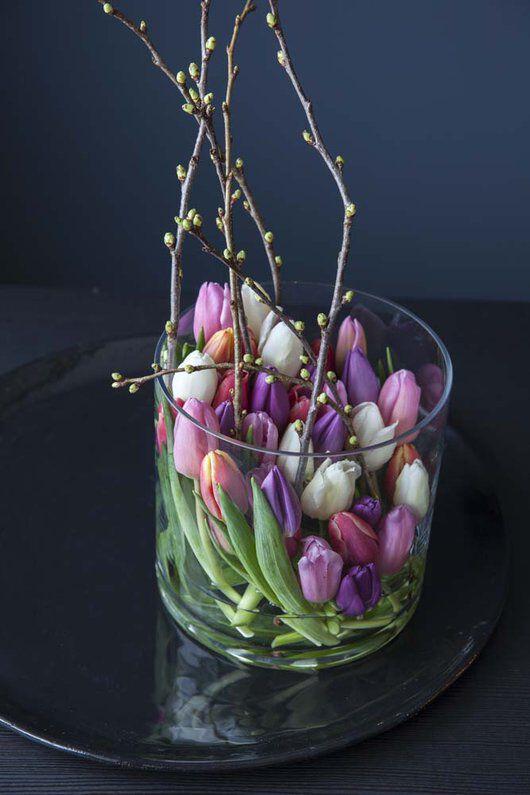 Tulipaner i glasssvase