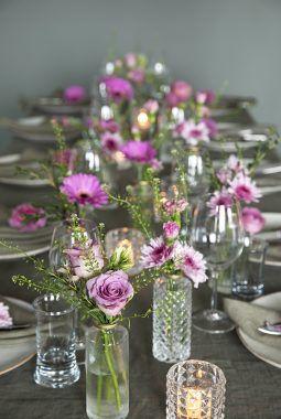 Dalebekken vaser på festbord rosa