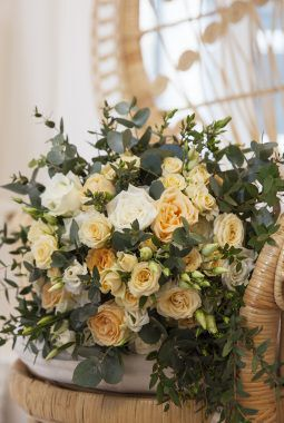 bohemsk brudebukett i ferskenfarger