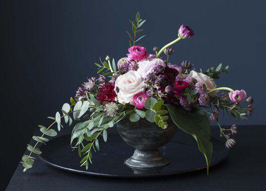dekorasjon med vinterblomster