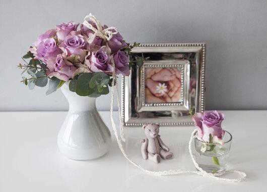 mor og barn bukett med rosa roser