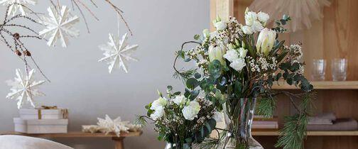 Amaryllis og julepynt