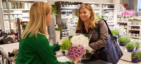 Klikk og hent blomster i butikk