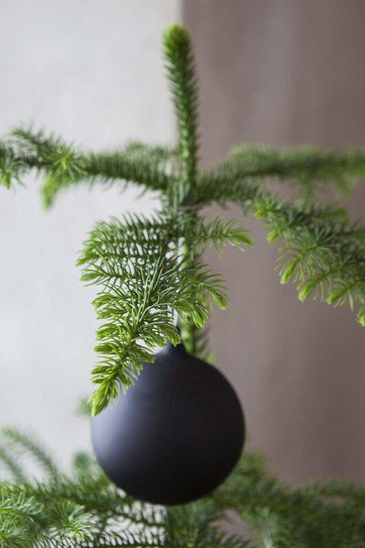stuegran med julepynt