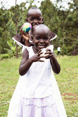 Glade barn på Kipchamgaa Children´s Home