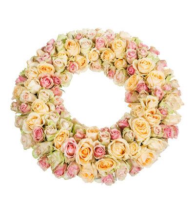 Krans med roser i fersken og rosa nyanser M