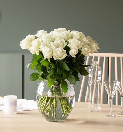 30 hvite roser