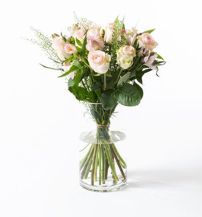 Rosa rosebukett med alstromeria