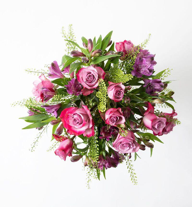 Lilla rosebukett med alstromeria S image number null