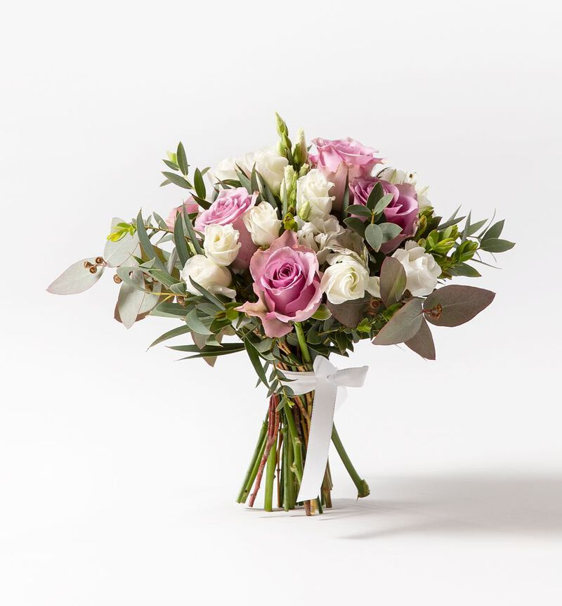 Brudepikebukett med lilla roser image number null