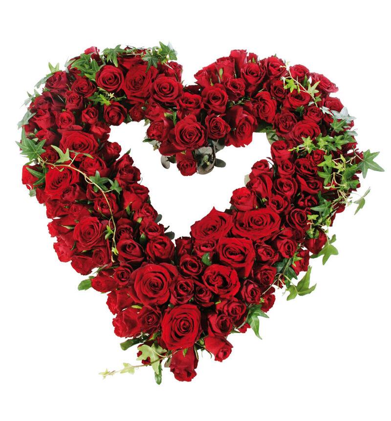 Åpent hjerte med røde roser M image number null