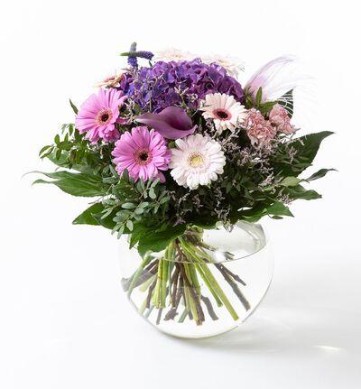 Hortensiabukett i rosa og lilla