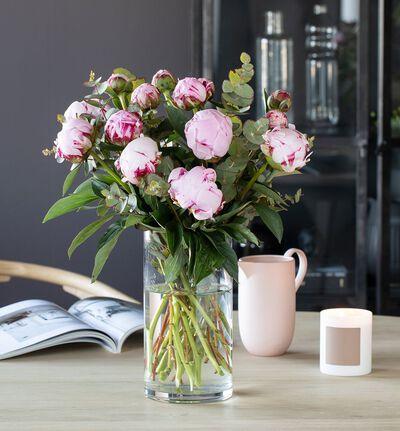 Rosa peonbukett med grønt L