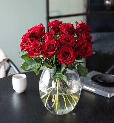 15 røde roser