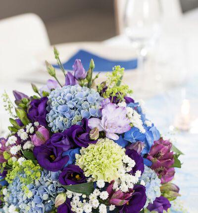 Blomsterkule i blått og lilla