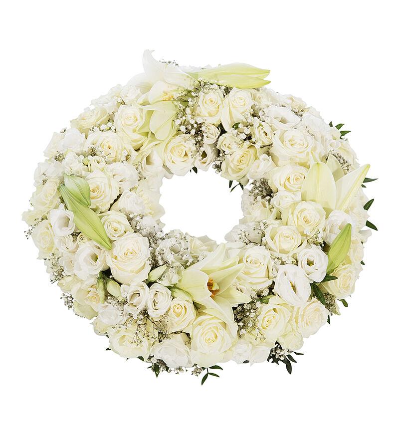 Krans i hvitt med liljer S image number null