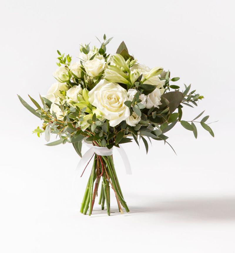 Brudepikebukett med hvite roser og grønt image number null