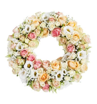 Krans i fersken, rosa og hvitt S