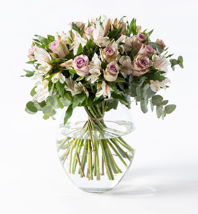 Lilla rosebukett med alstromeria M bildenummer 1