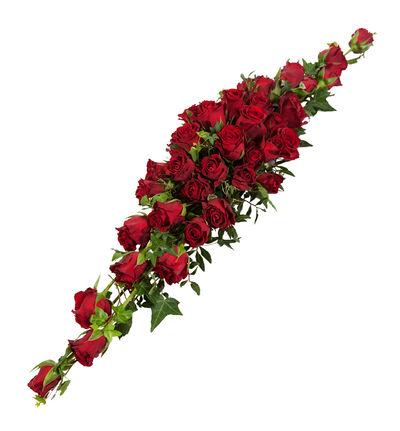 Rød borddekorasjon med røde roser-avlang