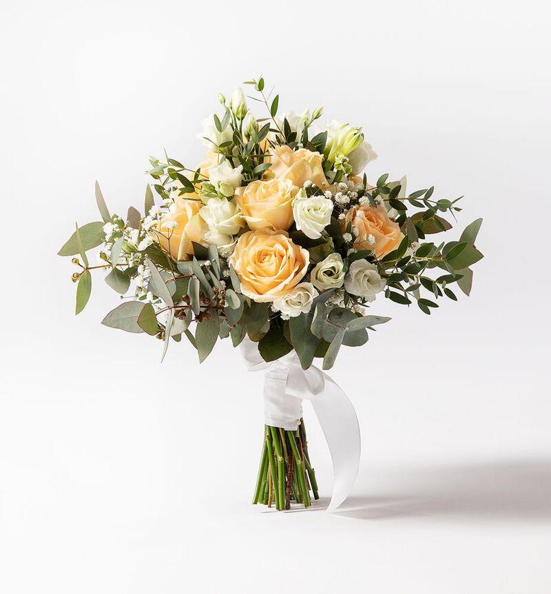 Liten brudebukett med fersken roser bildenummer 1