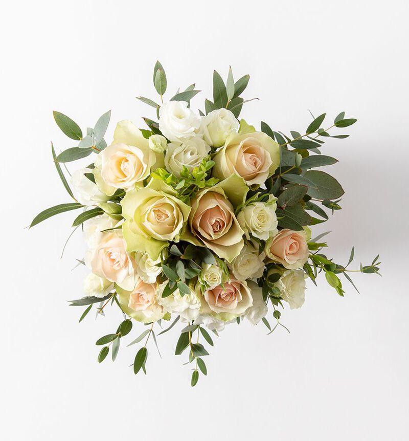 Liten brudebukett med rosa roser bildenummer 3