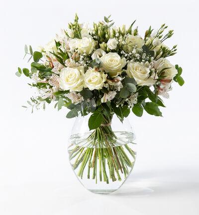 Stor hvit rosebukett