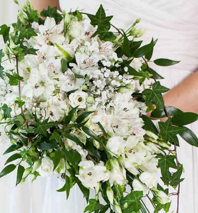 Liten Bohemsk bryllupspakke i hvitt
