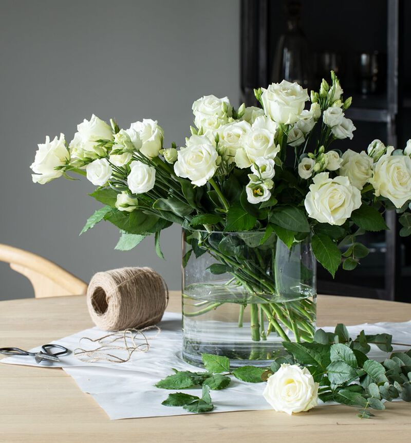 Hvit lisianthus bildenummer 3