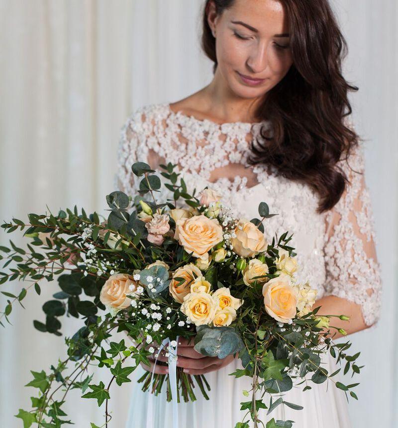 Bohemsk brudebukett i fersken bildenummer 4
